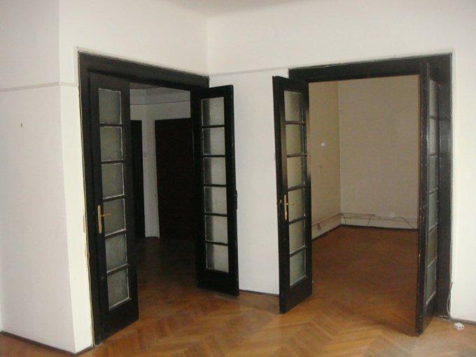 inchiriere apartament cu 4 camere, semidecomandat-circulara, in zona Aviatorilor, orasul Bucuresti