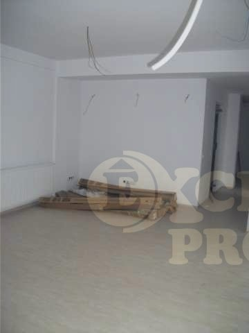 Bucuresti, zona Stefan cel Mare, apartament cu 4 camere de inchiriat