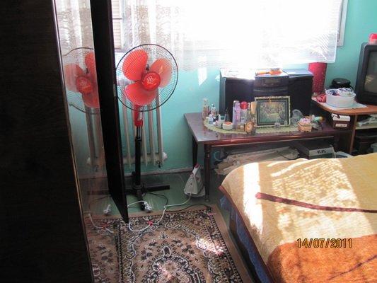 vanzare apartament cu 4 camere, semidecomandata, in zona Drumul Taberei, orasul Bucuresti