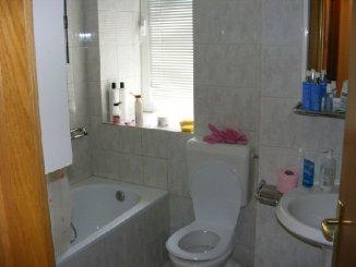 agentie imobiliara vand apartament decomandata, in zona Victoriei, orasul Bucuresti