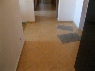 Bucuresti, zona Mosilor, apartament cu 4 camere de vanzare