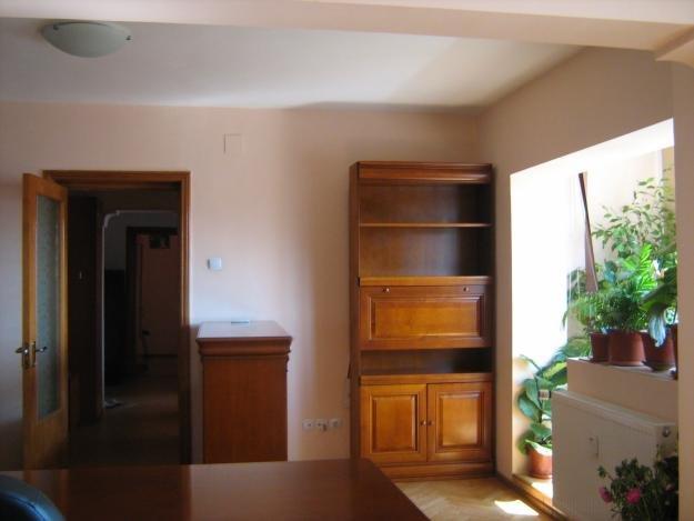 proprietar vand apartament decomandat, in zona Mosilor, orasul Bucuresti