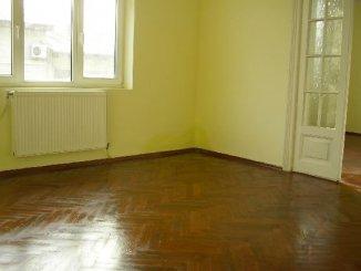 vanzare apartament cu 4 camere, semidecomandat, in zona 13 Septembrie, orasul Bucuresti