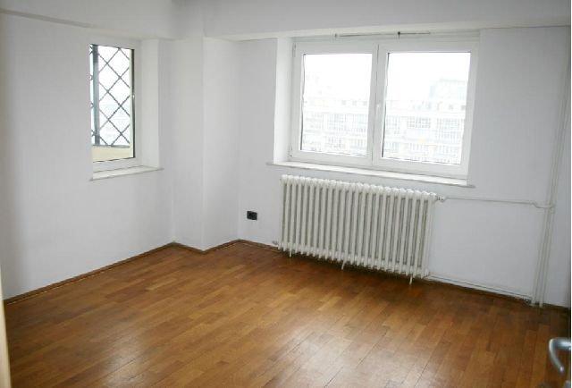Bucuresti, zona Unirii, apartament cu 4 camere de vanzare