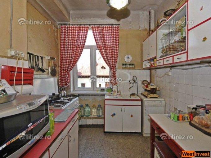 vanzare apartament cu 4 camere, nedecomandat, in zona Dorobanti, orasul Bucuresti