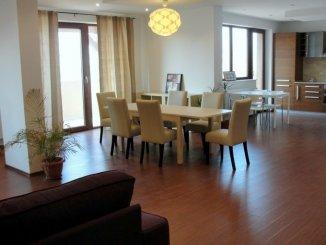 Bucuresti, zona Pipera, duplex cu 4 camere de inchiriat, Mobilat modern