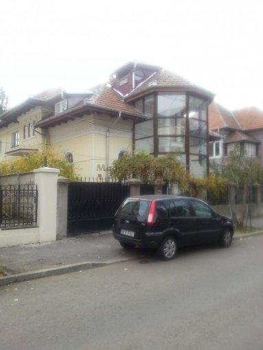 inchiriere apartament decomandat, zona Casin, orasul Bucuresti, suprafata utila 120 mp