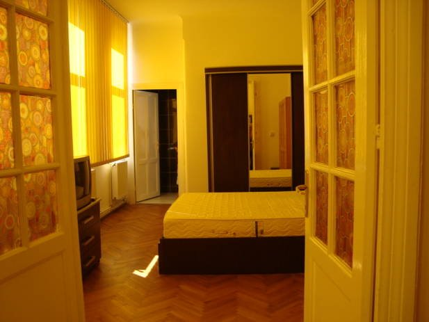 Apartament cu 4 camere de inchiriat, confort Lux, zona Unirii,  Bucuresti