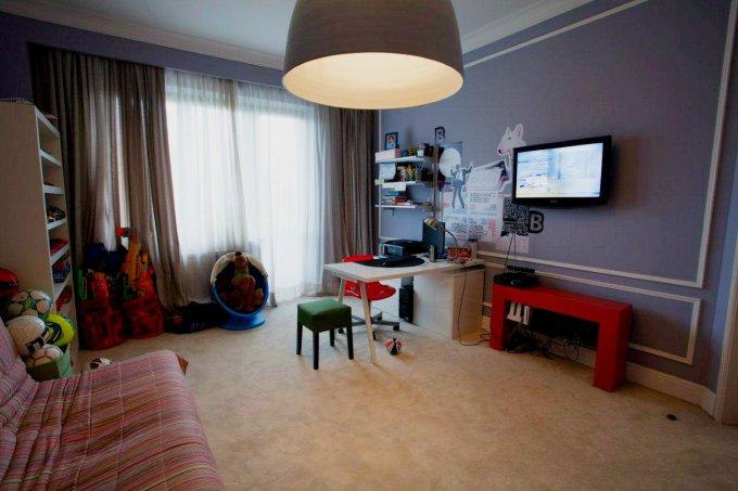vanzare apartament cu 4 camere, decomandat, in zona Primaverii, orasul Bucuresti