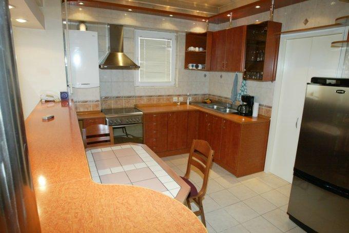 inchiriere apartament cu 4 camere, decomandat, in zona Tineretului, orasul Bucuresti