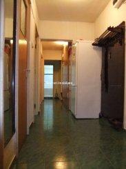 vanzare apartament cu 4 camere, semidecomandat, in zona Titan, orasul Bucuresti