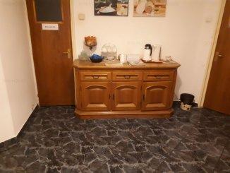 inchiriere apartament cu 4 camere, decomandat, in zona Universitate, orasul Bucuresti