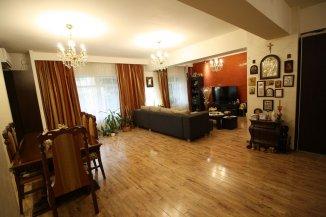 vanzare apartament decomandat, zona Unirii, orasul Bucuresti, suprafata utila 127 mp