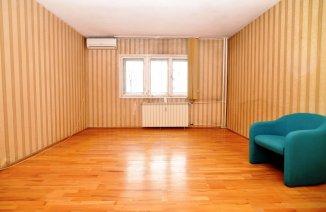 http://www.realkom.ro/anunt/vanzari-apartamente/realkom-agentie-imobiliara-decebal-apartament-4-camere-de-vanzare-decebal-comision-0/1781