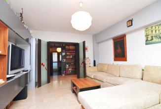 http://www.realkom.ro/anunt/vanzari-apartamente/realkom-agentie-imobiliara-unirii-oferta-vanzare-apartament-4-camere-bulevardul-unirii-fantani/1837
