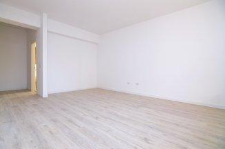 http://www.realkom.ro/anunt/vanzari-apartamente/realkom-agentie-imobiliara-unirii-oferta-vanzare-apartament-4-camere-unirii-piata-alba-iulia/1849