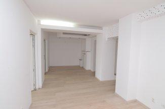 http://www.realkom.ro/anunt/inchirieri-apartamente/realkom-agentie-imobiliara-unirii-oferta-inchiriere-apartament-4-camere-unirii-zepter/1891