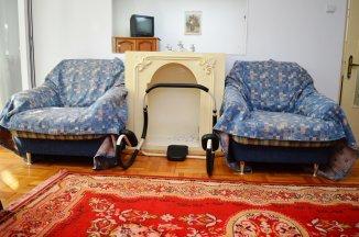 http://www.realkom.ro/anunt/inchirieri-apartamente/realkom-agentie-imobiliara-decebal-oferta-inchiriere-apartament-4-camere-decebal-piata-alba-iulia/1645