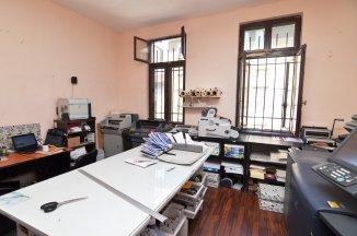 http://www.realkom.ro/anunt/inchirieri-apartamente/realkom-agentie-imobiliara-oferta-inchiriere-apartament-4-camere-in-vila-plevnei-witting/1931