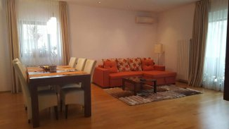 Bucuresti, zona Baneasa, apartament cu 4 camere de vanzare