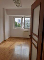 inchiriere apartament cu 4 camere, decomandat, in zona Victoriei, orasul Bucuresti