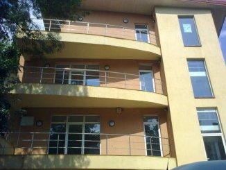 inchiriere apartament cu 4 camere, decomandata, in zona Ferdinand, orasul Bucuresti