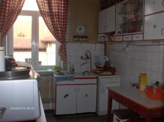 vanzare apartament semidecomandat-circulara, zona Dorobanti, orasul Bucuresti, suprafata utila 105 mp