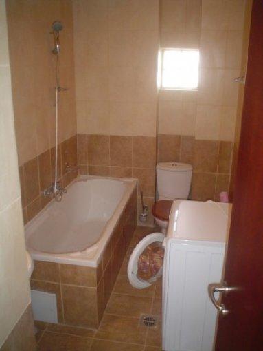 inchiriere apartament cu 4 camere, decomandata, in zona Aviatiei, orasul Bucuresti