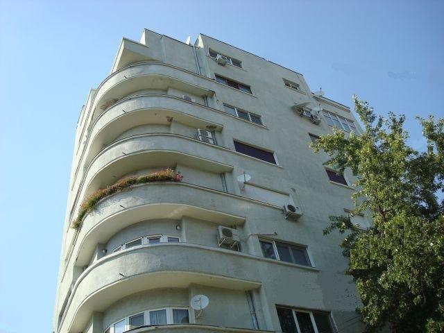 Apartament cu 4 camere de vanzare, confort Lux, zona Cismigiu,  Bucuresti
