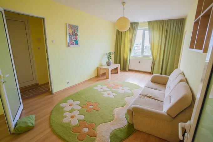 vanzare apartament semidecomandat, zona Tei, orasul Bucuresti, suprafata utila 90 mp
