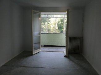 Bucuresti, zona Titan, apartament cu 4 camere de vanzare