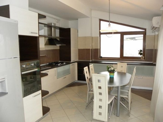 Bucuresti, zona Aviatiei, apartament cu 4 camere de inchiriat, Mobilat lux