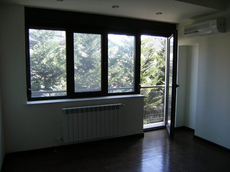 vanzare apartament decomandat, zona Pipera, orasul Bucuresti, suprafata utila 100 mp