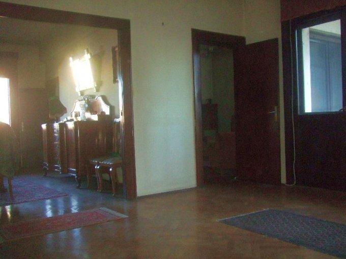 Apartament cu 4 camere de vanzare, confort Lux, zona Magheru,  Bucuresti
