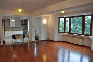 Bucuresti, apartament cu 4 camere de inchiriat, Nemobilat