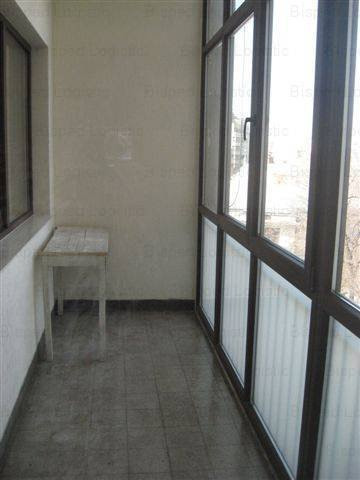 agentie imobiliara vand apartament decomandat, in zona Cismigiu, orasul Bucuresti