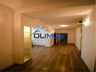 vanzare apartament decomandat, zona Herastrau, orasul Bucuresti, suprafata utila 200 mp