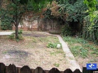 inchiriere apartament semidecomandat, zona Calea Calarasilor, orasul Bucuresti, suprafata utila 240 mp