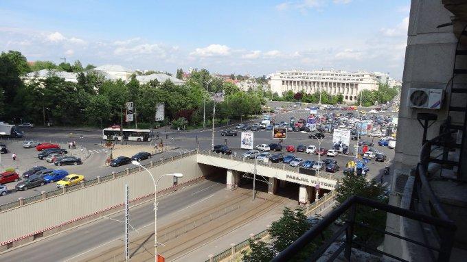 proprietar inchiriez apartament decomandat, orasul Bucuresti