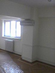 proprietar inchiriez apartament decomandat, in zona Dorobanti, orasul Bucuresti