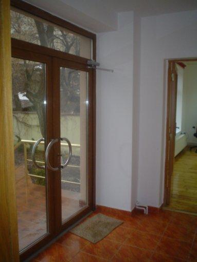 agentie imobiliara inchiriez apartament semidecomandata, in zona Serban Voda, orasul Bucuresti