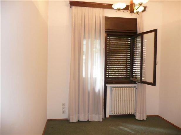 inchiriere apartament cu 6 camere, decomandata, in zona Aviatorilor, orasul Bucuresti