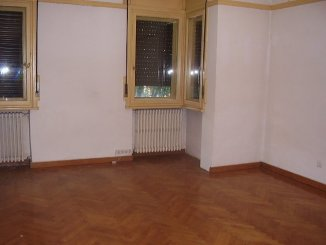 inchiriere apartament decomandat, zona Armeneasca, orasul Bucuresti, suprafata utila 177 mp