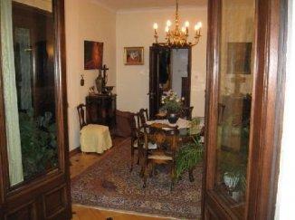 Apartament cu 6 camere de inchiriat, confort Redus, zona Piata Romana,  Bucuresti