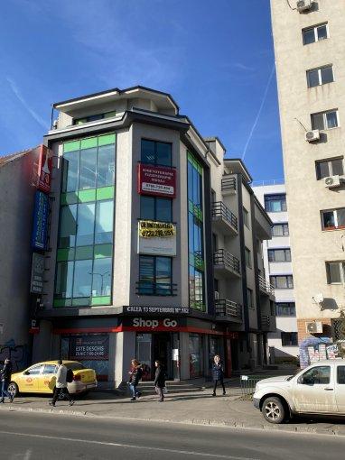 Birou de inchiriat direct de la proprietar, in Bucuresti, zona 13 Septembrie, cu 700 euro negociabil. 1  balcon, 1 grup sanitar, suprafata utila 73 mp. Nemobilat.
