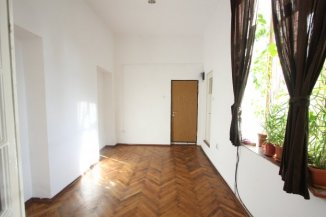 inchiriere de la agentie imobiliara, birou cu 2 camere, in zona Piata Sfantul Gheorghe, orasul Bucuresti