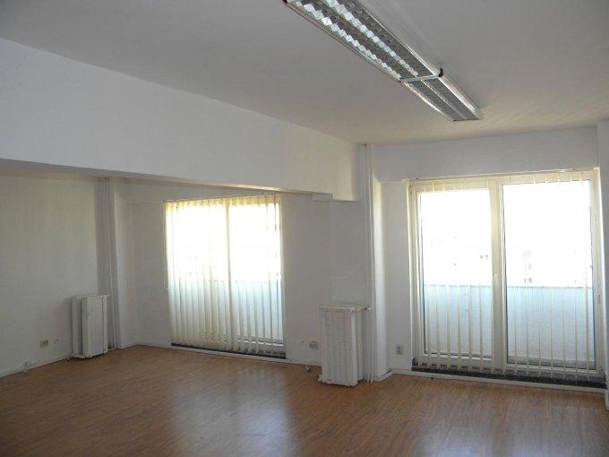 inchiriere birou cu 2 camere, 1 grup sanitar, suprafata de 76 mp. In orasul Bucuresti, zona Calea Calarasilor.