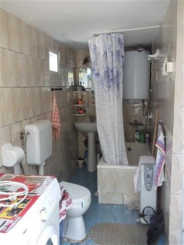 Bucuresti, zona Ion Creanga, casa cu 3 camere de vanzare de la proprietar