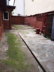 Bucuresti, zona Rahova, casa cu 4 camere de vanzare de la agentie imobiliara