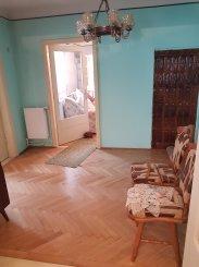 vanzare casa cu 5 camere, zona Giulesti, orasul Bucuresti, suprafata utila 95 mp